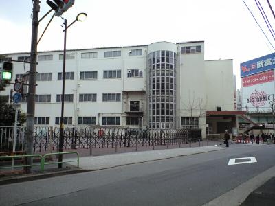 20090211017